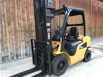 Viličar CAT Lift Trucks DP 25 N: slika 1