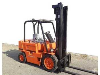 Viličar CAT Lift Trucks V 50 D